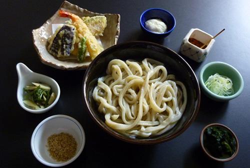 天ぷらうどん 1,200円
